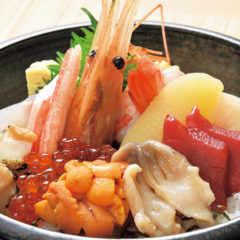 海鮮生ちらし(汁物付)2,500円